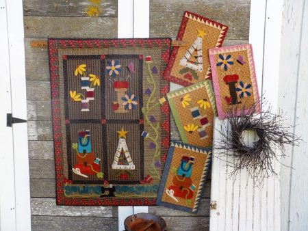 Mini wool applique seasonal panels pattern