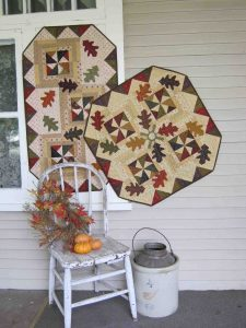Fall leaves applique and pieced table runner and wall hanging pattern