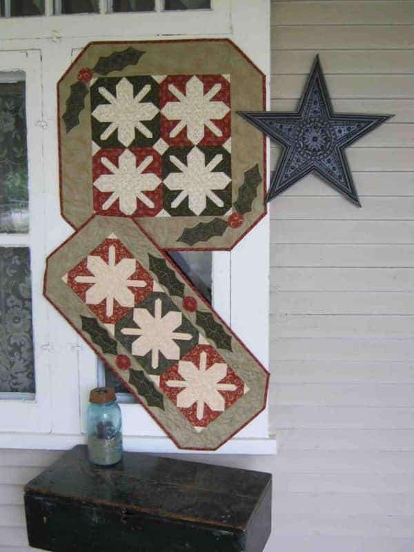 Winter snowflake pieced and appliqued table runner and wall hanging pattern