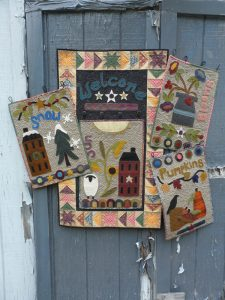 Wool applique seasonal panels pattern