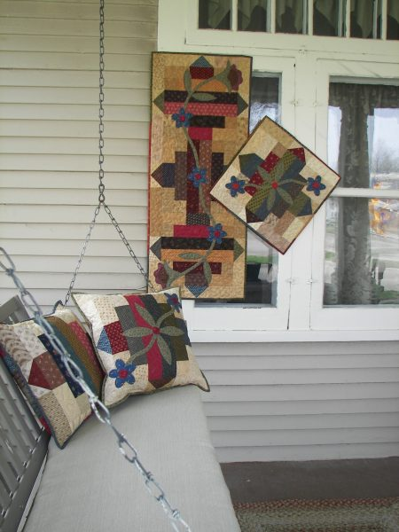 Jelly Roll friendly pieced and appliqued table runner and pillow pattern